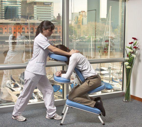 masaje-en-silla-institucional